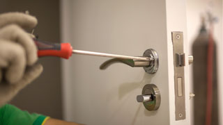 Commercial Locksmith at Bronzeville Chicago, Illinois